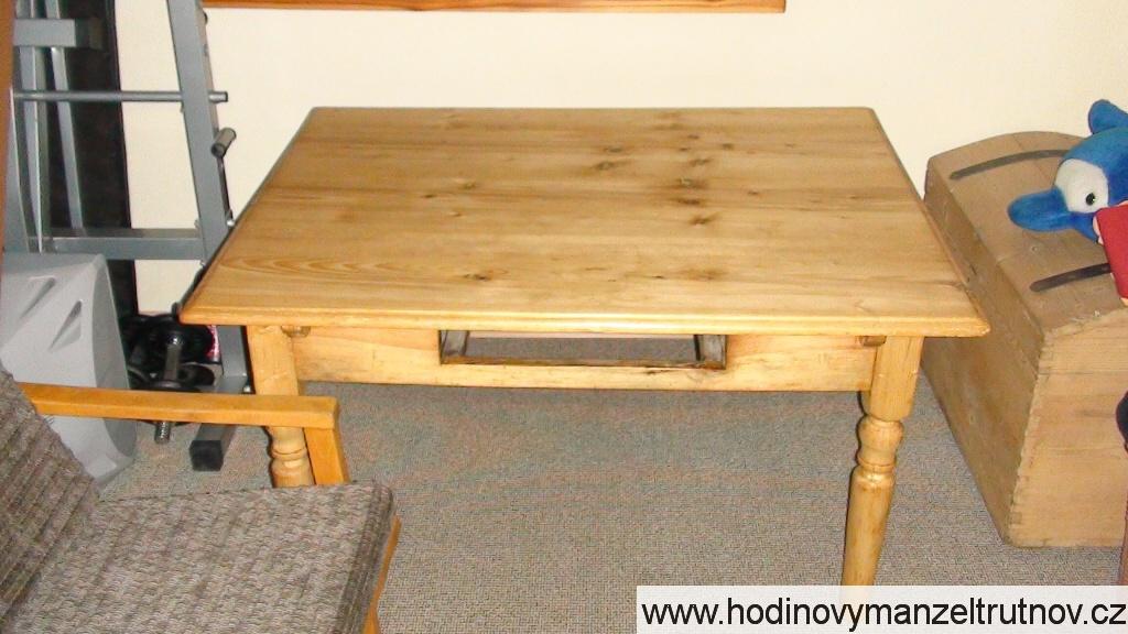 Renovace stolu
