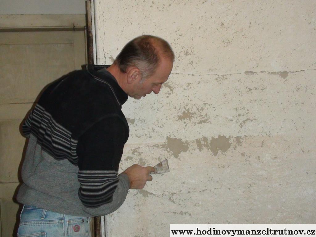 Škrabání zdí